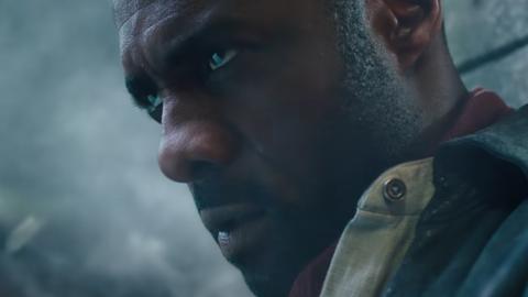El director de la película más popular de Netflix consigue una nueva película con Idris Elba en Warner Bros.