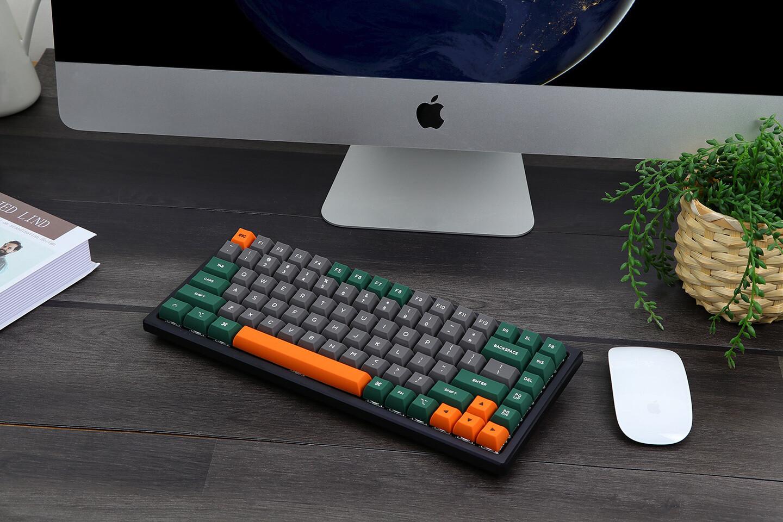 Presentamos Epomaker AK84S: un teclado mecánico TKL extremadamente versátil e intercambiable en caliente