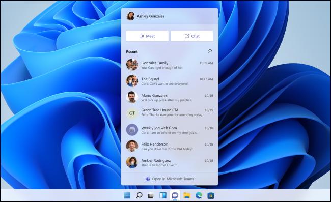 La ventana emergente de Microsoft Teams Chat en Windows 11.