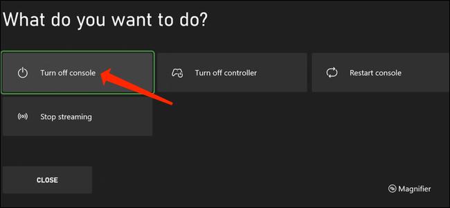 Con el modo de energía de ahorro de energía habilitado, mantenga presionado el botón Xbox en su controlador para que aparezca el