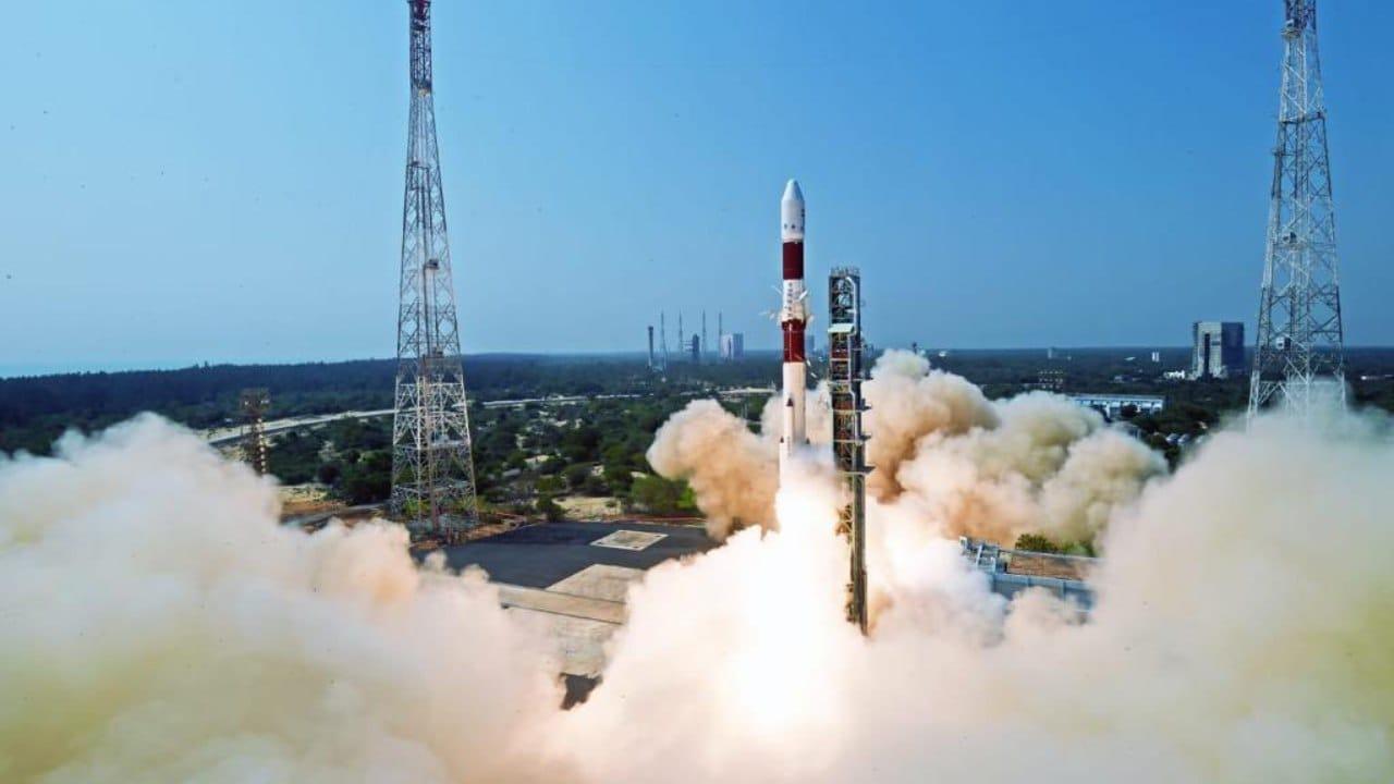 ISRO realiza con éxito una prueba en caliente de su motor Vikas para Gaganyaan- Technology News, Firstpost