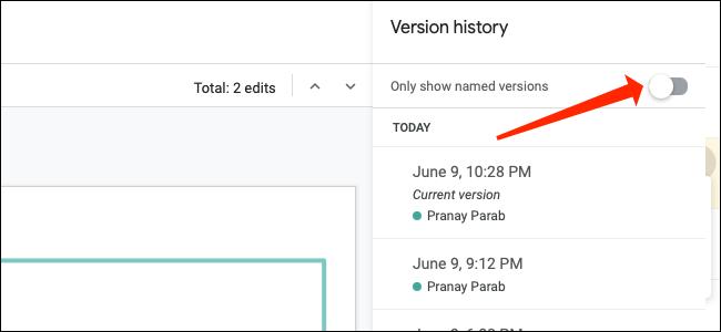 """Para buscar versiones con nombre de una presentación de Presentaciones de Google, mueva el interruptor junto a """"Mostrar solo versiones nombradas."""""""