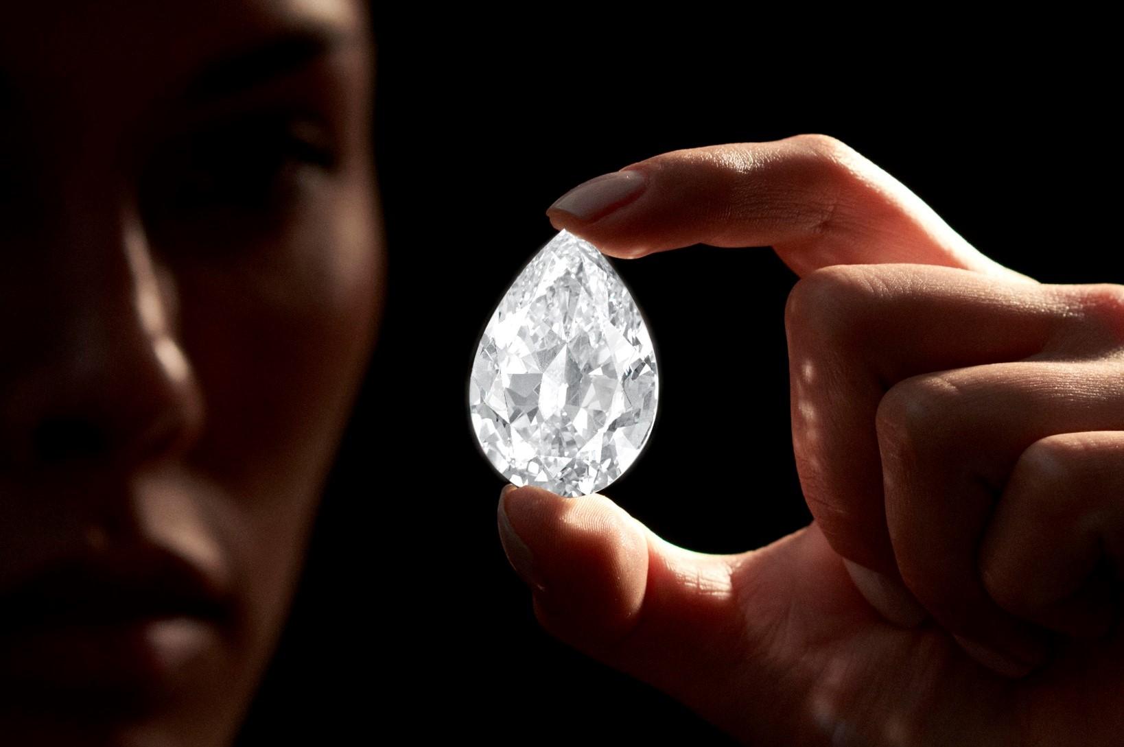 El diamante se convierte en el objeto más caro comprado con cripto