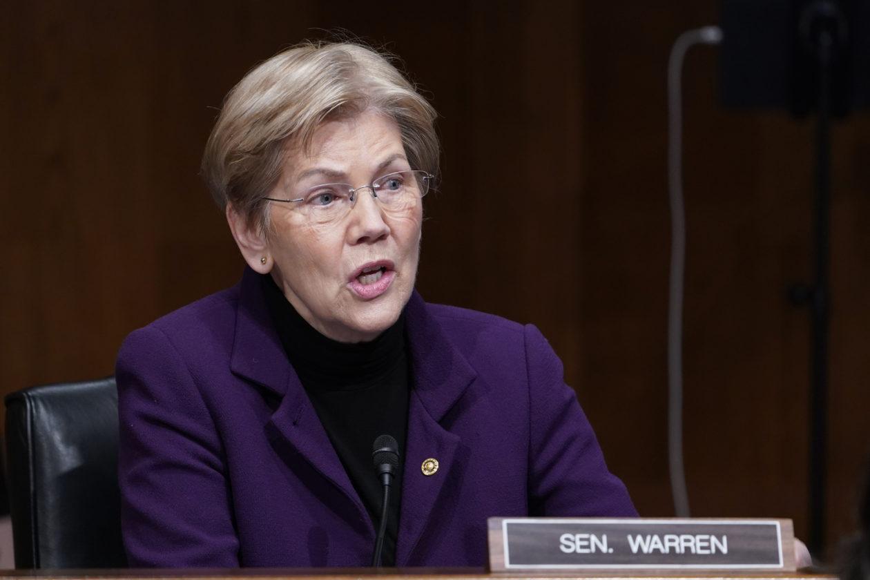 Elizabeth Warren advierte sobre los riesgos de las criptomonedas, presiona la regulación