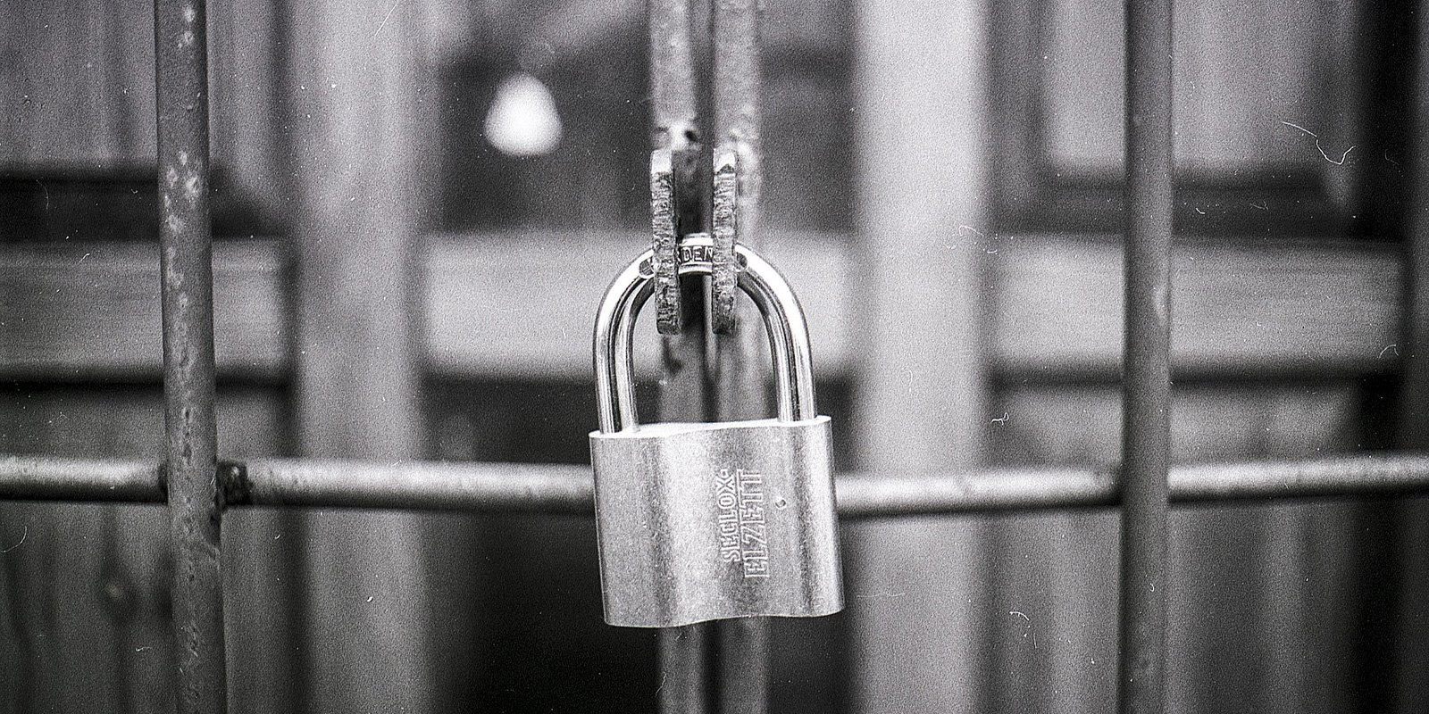 Cerrar con llave