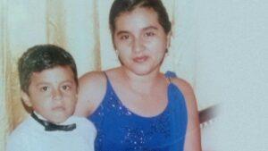 CarlosTD y su madre
