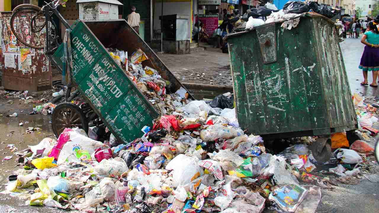 Indian moves to phase out single-use plastic items by 2022: Here are all the plastic items that will be banned