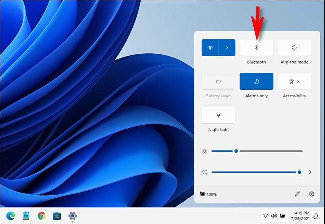 """Haga clic en el """"Bluetooth"""" en la Configuración rápida de Windows 11."""