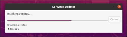 Actualizador de software de Ubuntu instalando actualizaciones de paquetes