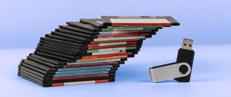 No recomendamos permitir que btrfs administre directamente una matriz compleja de discos, disquetes o de otro tipo.