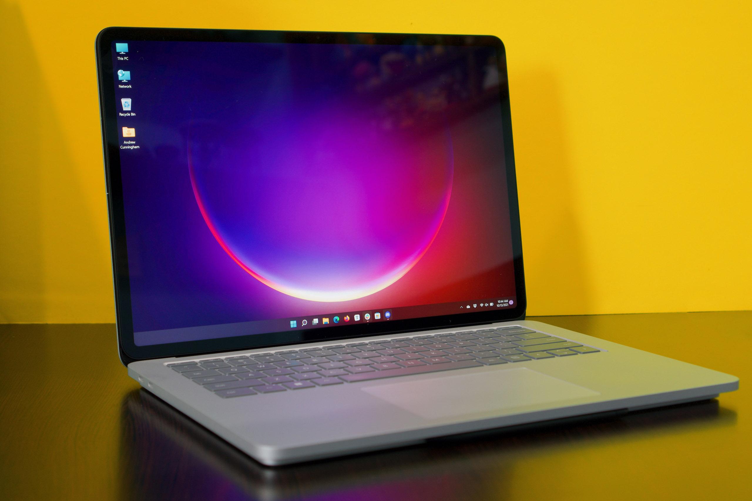 La mayoría de las veces, Surface Laptop Studio parece una computadora portátil vieja normal.